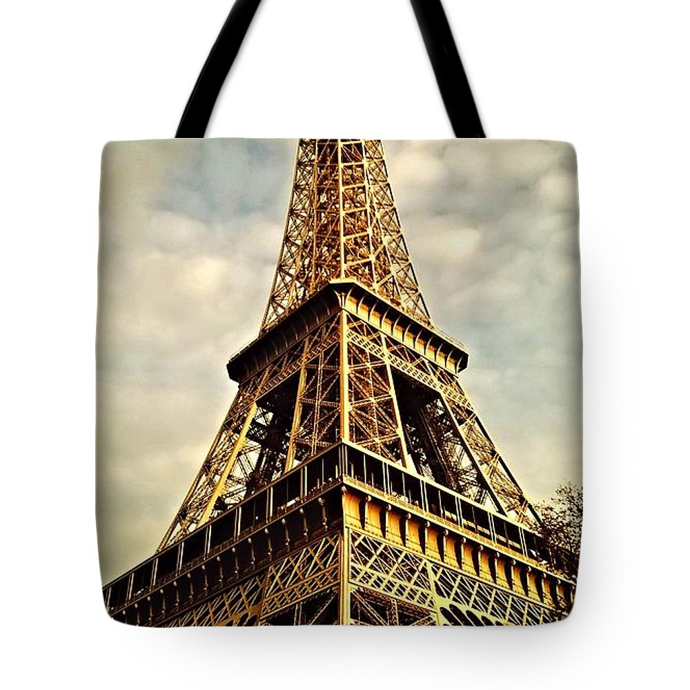 Eiffel Tower Tote Bag featuring the photograph The Tower by Sean Finan