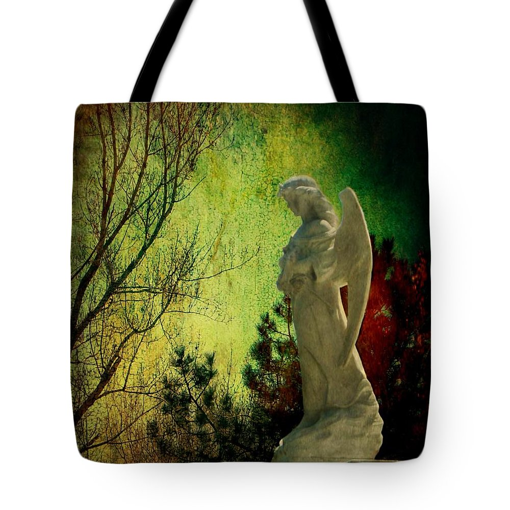 Color Tote Bag featuring the photograph The Watcher by Leah Moore