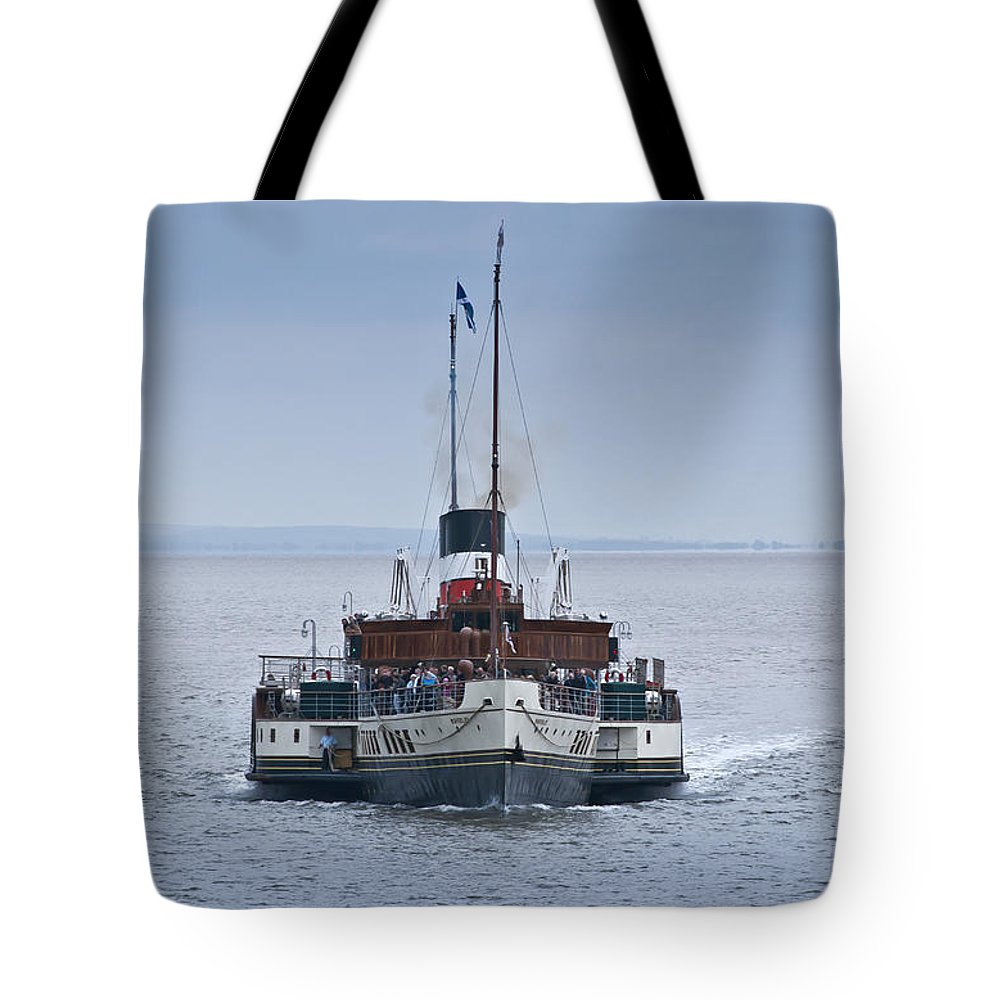 Waverley Paddle Steamer Tote Bag featuring the photograph The Waverley Approaches by Steve Purnell
