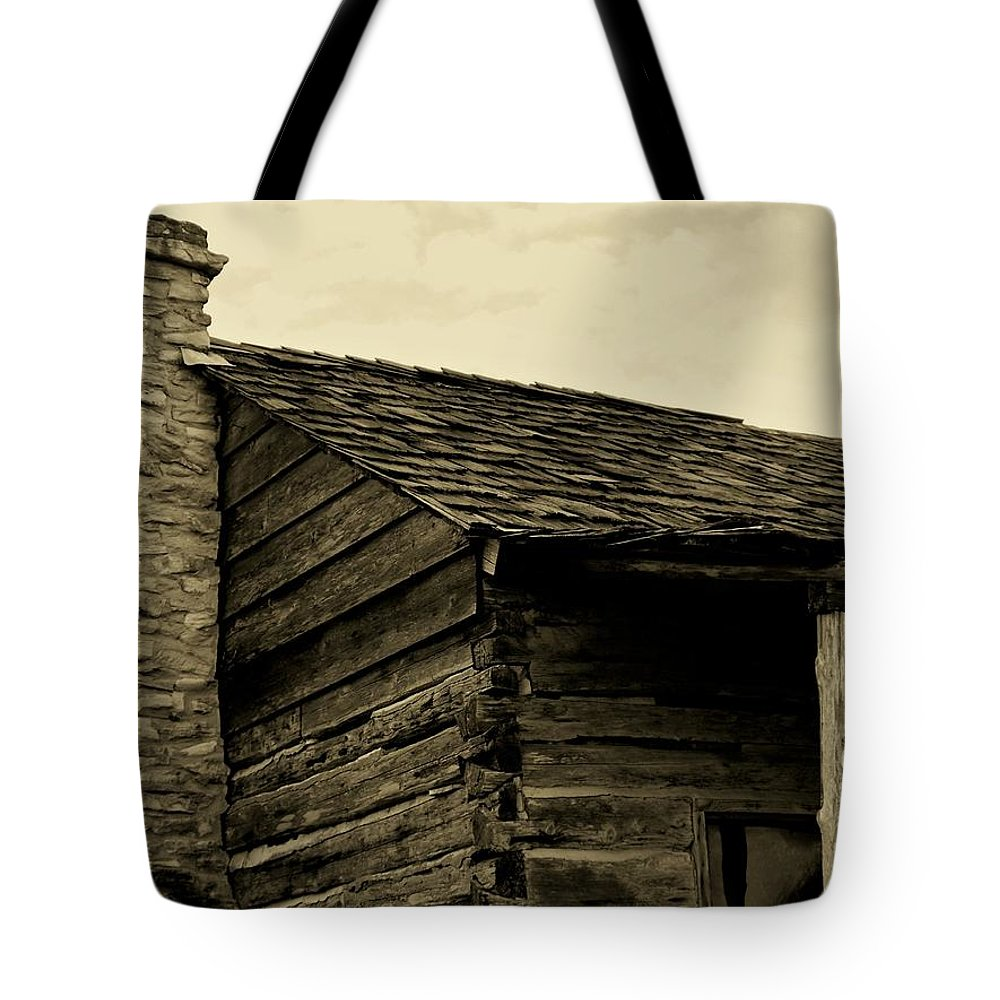 Log Tote Bag featuring the photograph This Old Cabin by Betty Northcutt