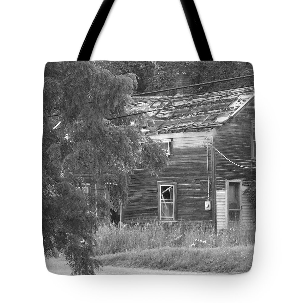 House Tote Bag featuring the photograph This Old House by Rhonda Barrett