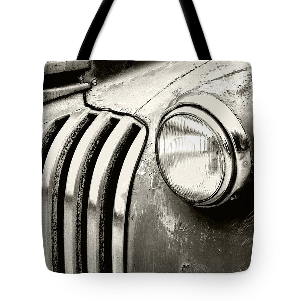 Cars Tote Bag featuring the photograph Time Traveler by Holly Kempe
