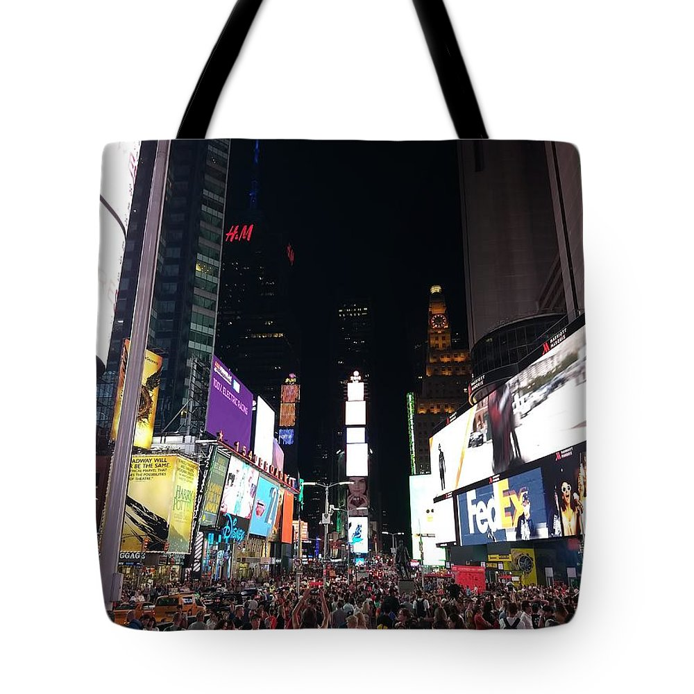 New York City Tote Bag featuring the photograph Times Square On A Tuesday. by Jason Croom