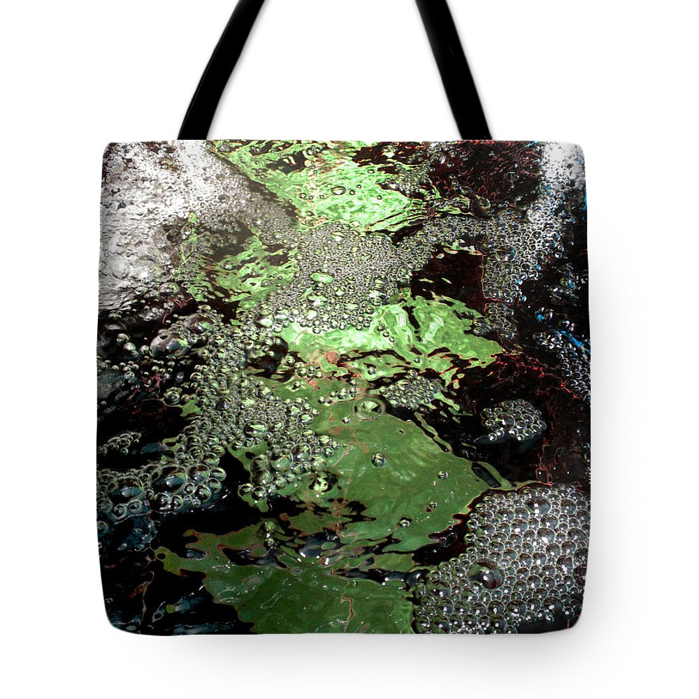 Diane Morgan Tote Bag featuring the photograph Tiny Bubbles 1 by Diane Morgan