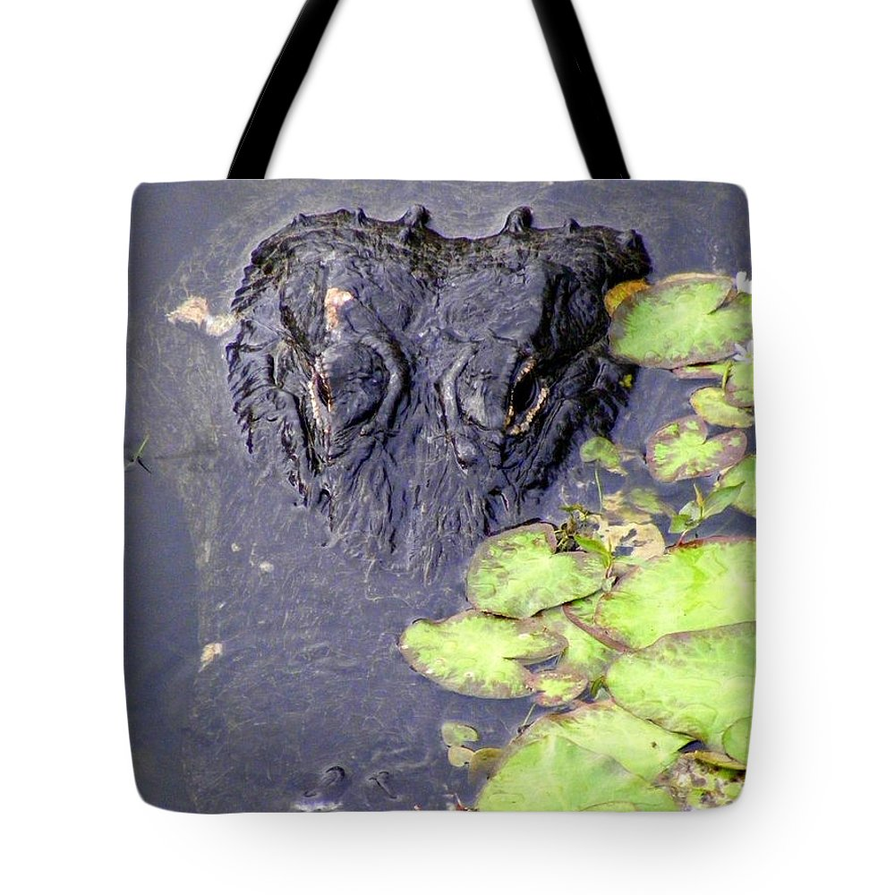 Swamp Tote Bag featuring the photograph Too Close For Comfort by Ed Smith