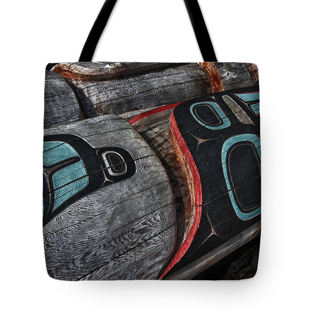 Alaska Tote Bag featuring the photograph Totems Horizontal by Gary Warnimont