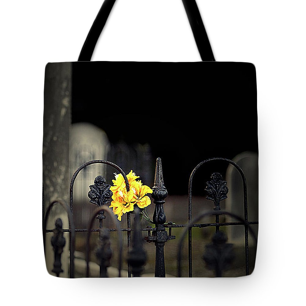Cemetery Tote Bag featuring the photograph Toujours Souvenu by Marion Cullen