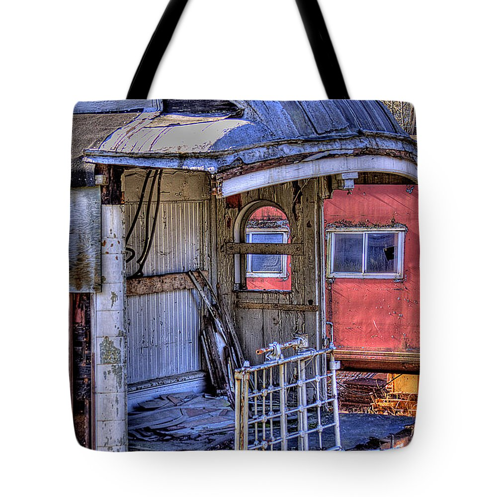 Train No. 92 Tote Bag featuring the photograph Train No. 92 by David Patterson