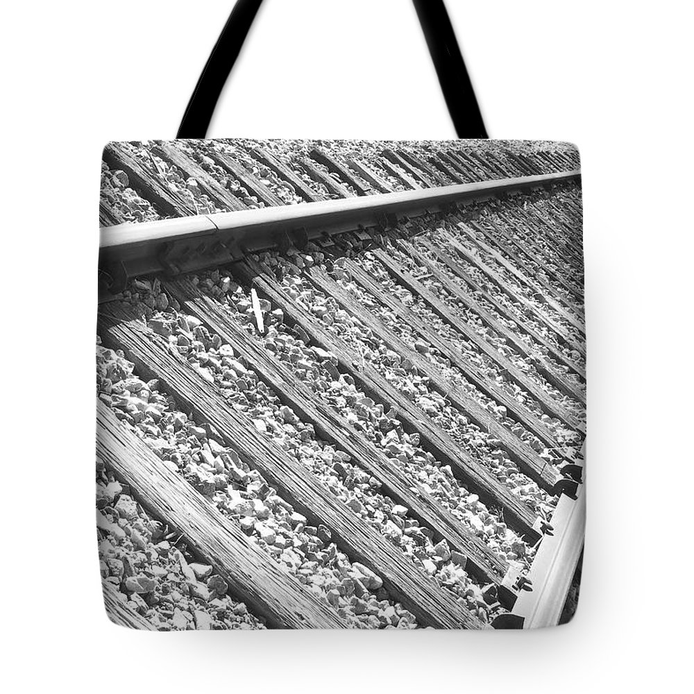 Train Tote Bag featuring the photograph Train Tracks Triangular In Black And White by James BO Insogna