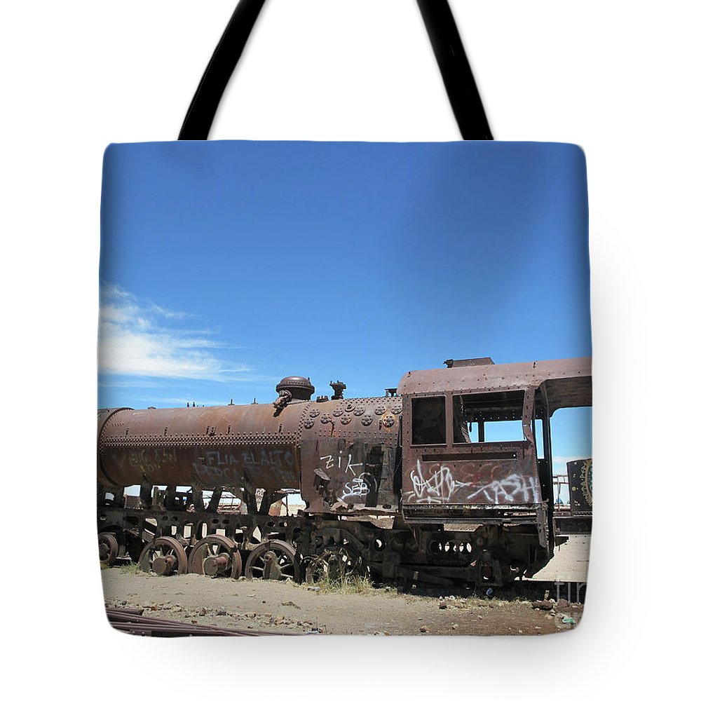 Train Tote Bag featuring the photograph Train Wreck  by Marc Stuelken