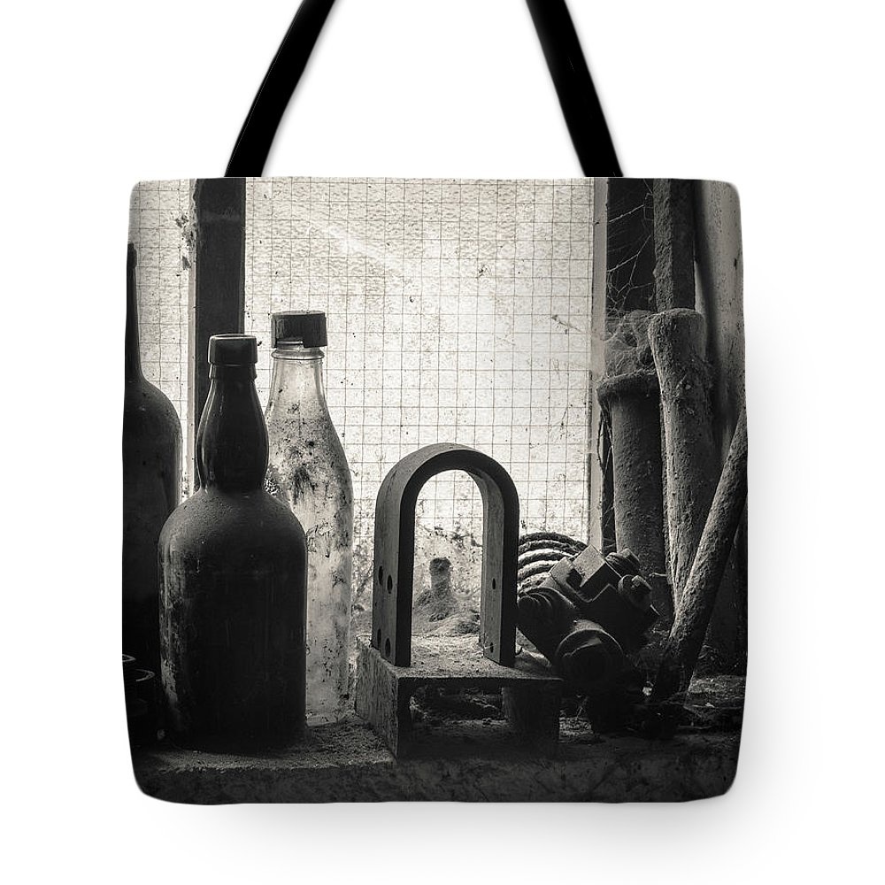 Window Tote Bag featuring the photograph Train Yard Window by Dave Bowman