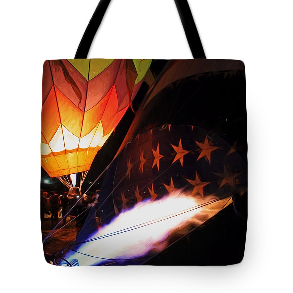 Hot Air Balloons Tote Bag featuring the photograph Turning On The Heat by Donna Kennedy