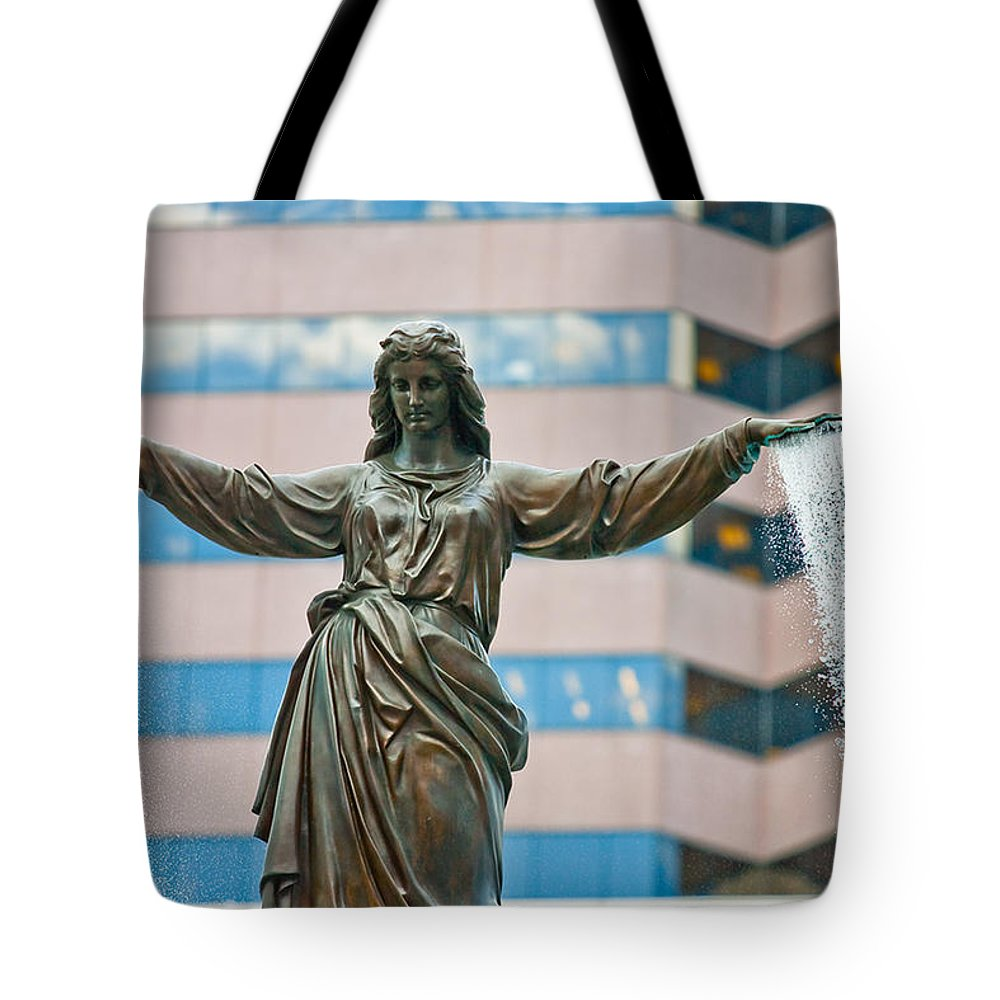 Cincinnati Tote Bag featuring the photograph Tyler Davidson Fountain by Keith Allen