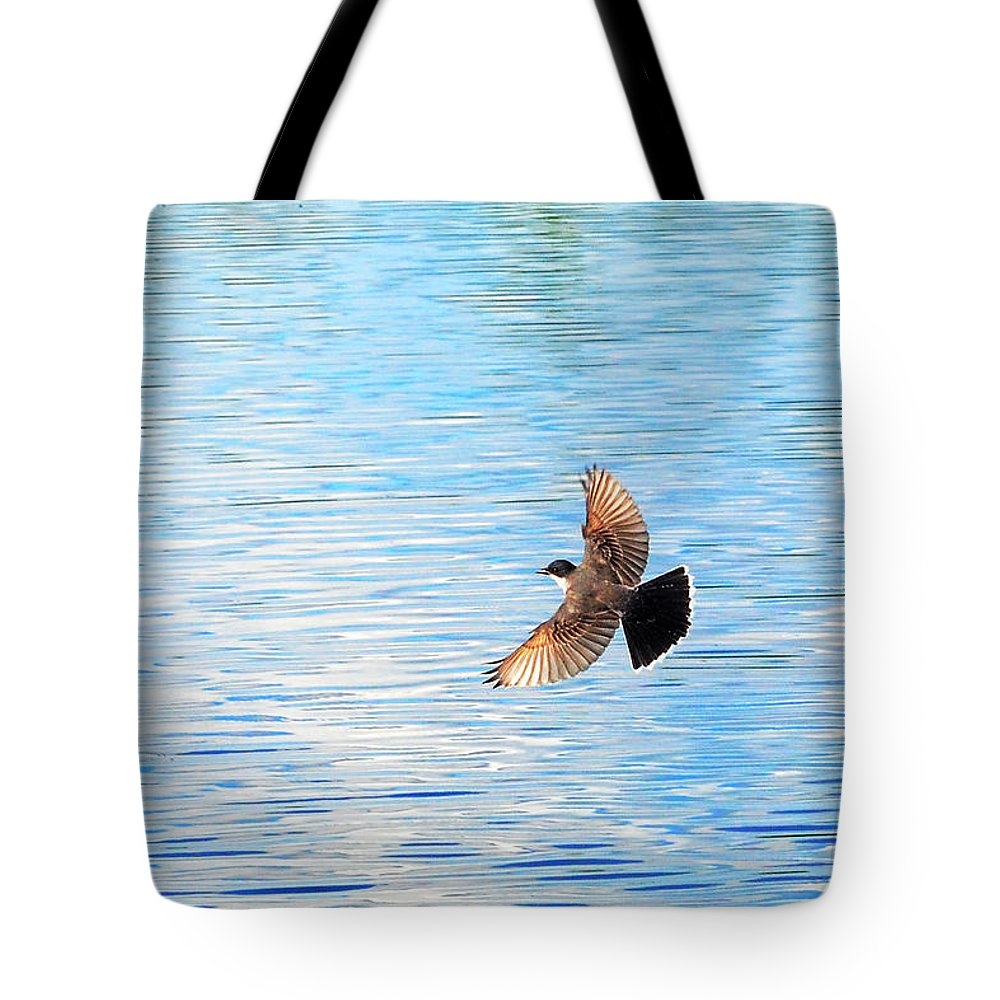Eastern Kingbird Tote Bag featuring the photograph Tyrannus Tyrannus by Asbed Iskedjian