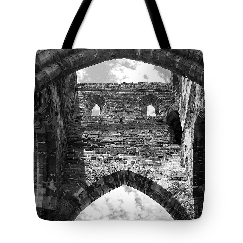 Bermuda Tote Bag featuring the photograph Unfinished Church by Julia Raddatz