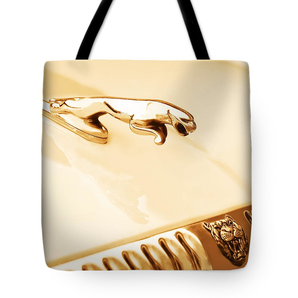 1996 Xj Vanden Plas Jaguar Tote Bag featuring the photograph Unleashed by Iryna Goodall