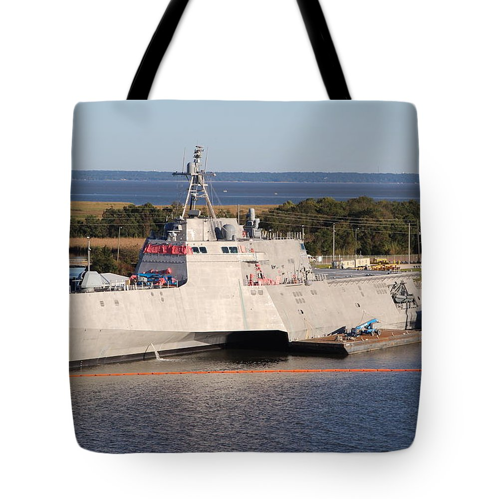 Military Force - U.s. Navy Tote Bag featuring the photograph U.s. Navy by Robert Smith