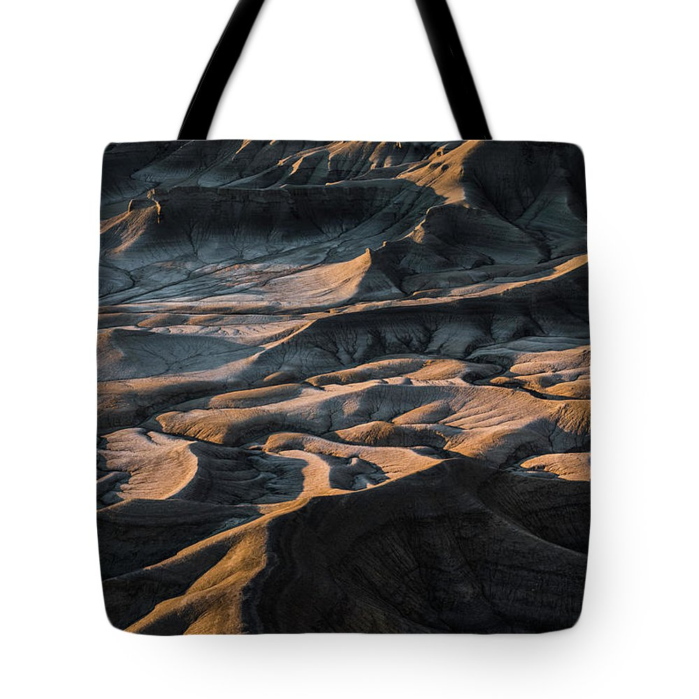 Utah Tote Bag featuring the photograph Utah Vista by Larry Marshall