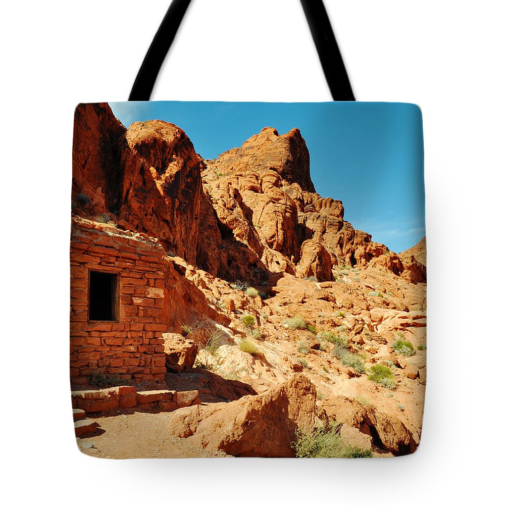 Valley Of Fire State Park Tote Bag featuring the photograph Valley Of Fire Cabin by Kyle Hanson