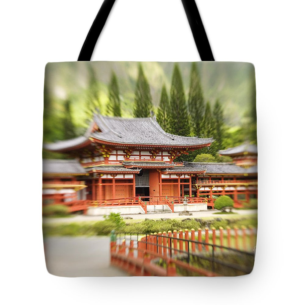 Ahuimanu Valley Tote Bag featuring the photograph Valley Of The Temples by Ron Dahlquist - Printscapes