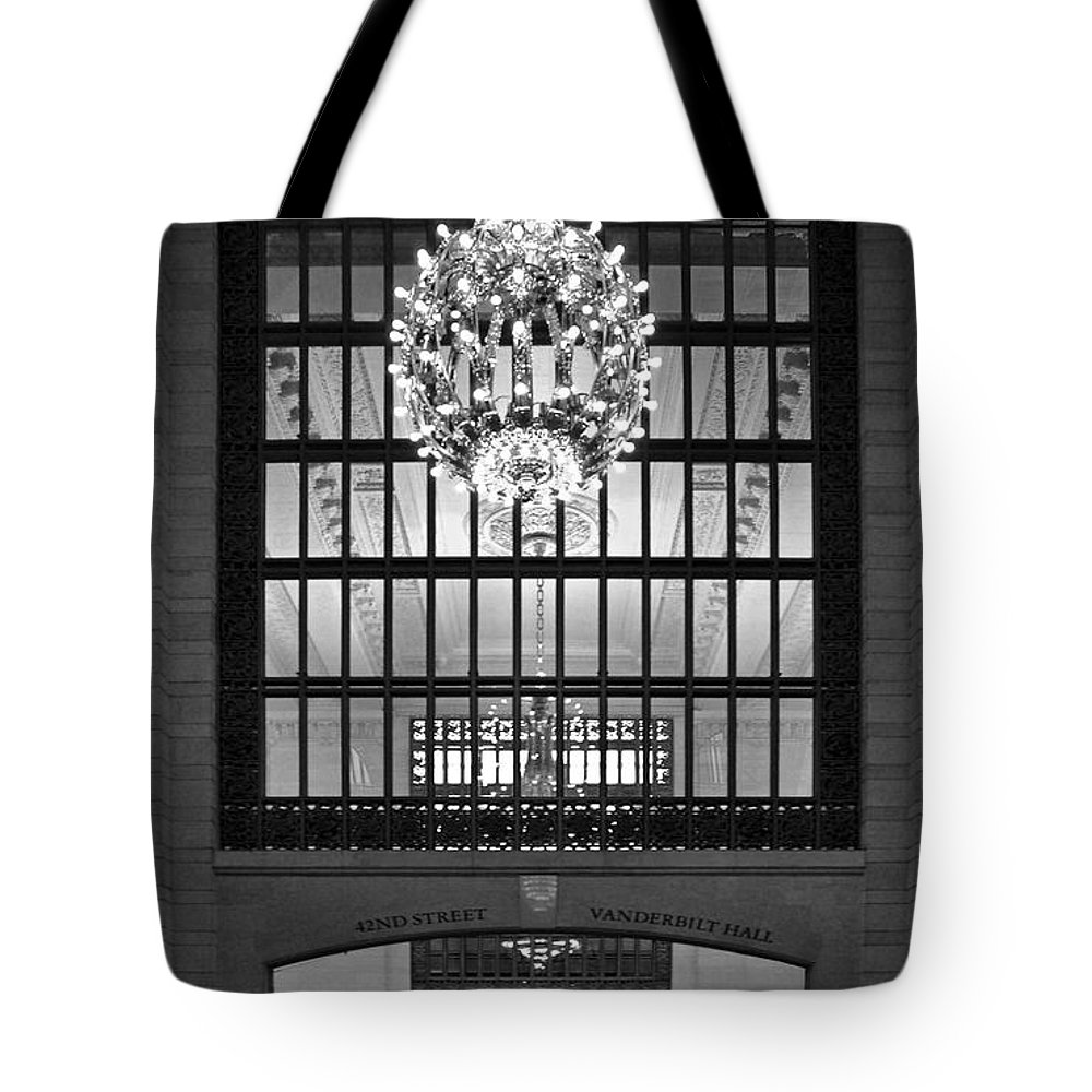 Bradley Tote Bag featuring the photograph Vanderbilt Hall by Rich Despins