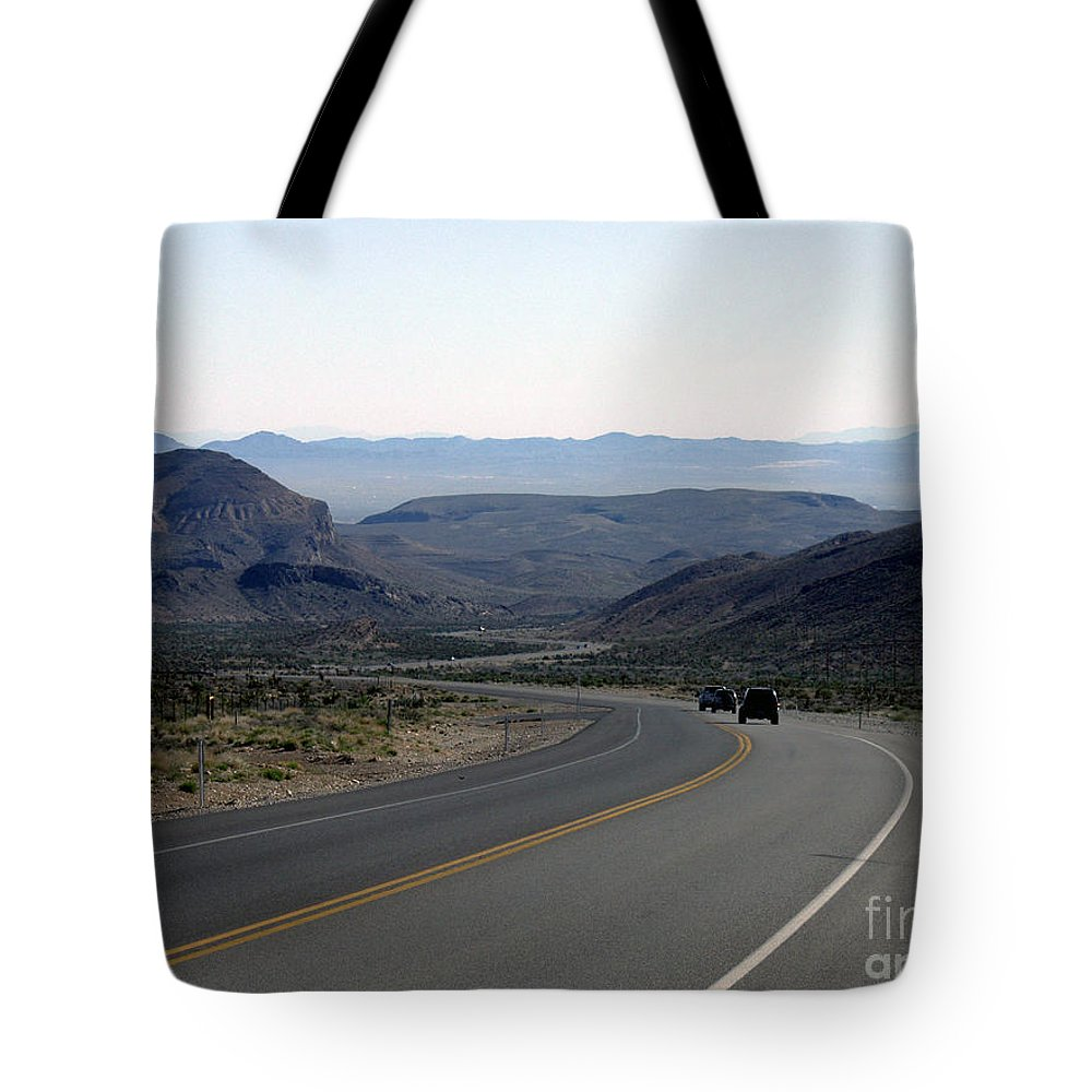 Las Vegas Tote Bag featuring the photograph Vegas Bound by Kelvin Booker