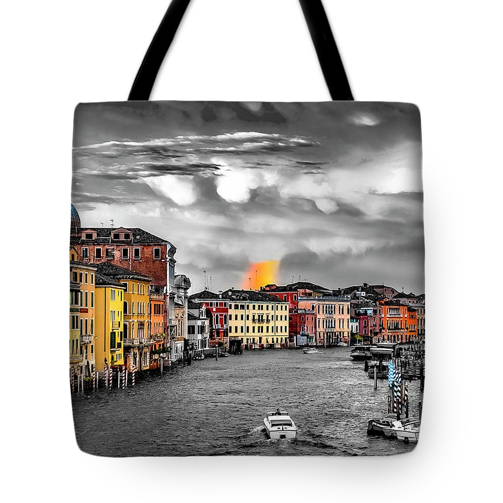 Skyline Tote Bag featuring the photograph Venice Rainbow by William Zayas Cruz