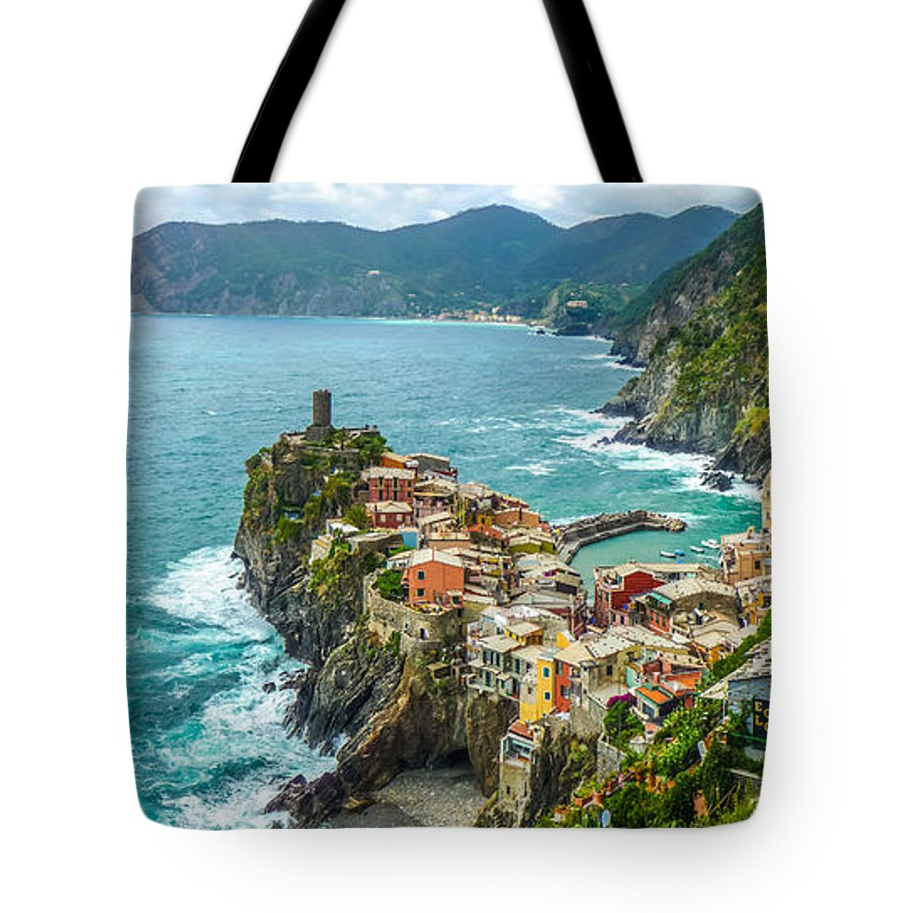 Beach Tote Bag featuring the photograph Vernazza, Cinque Terre, Liguria, Italy by JR Photography