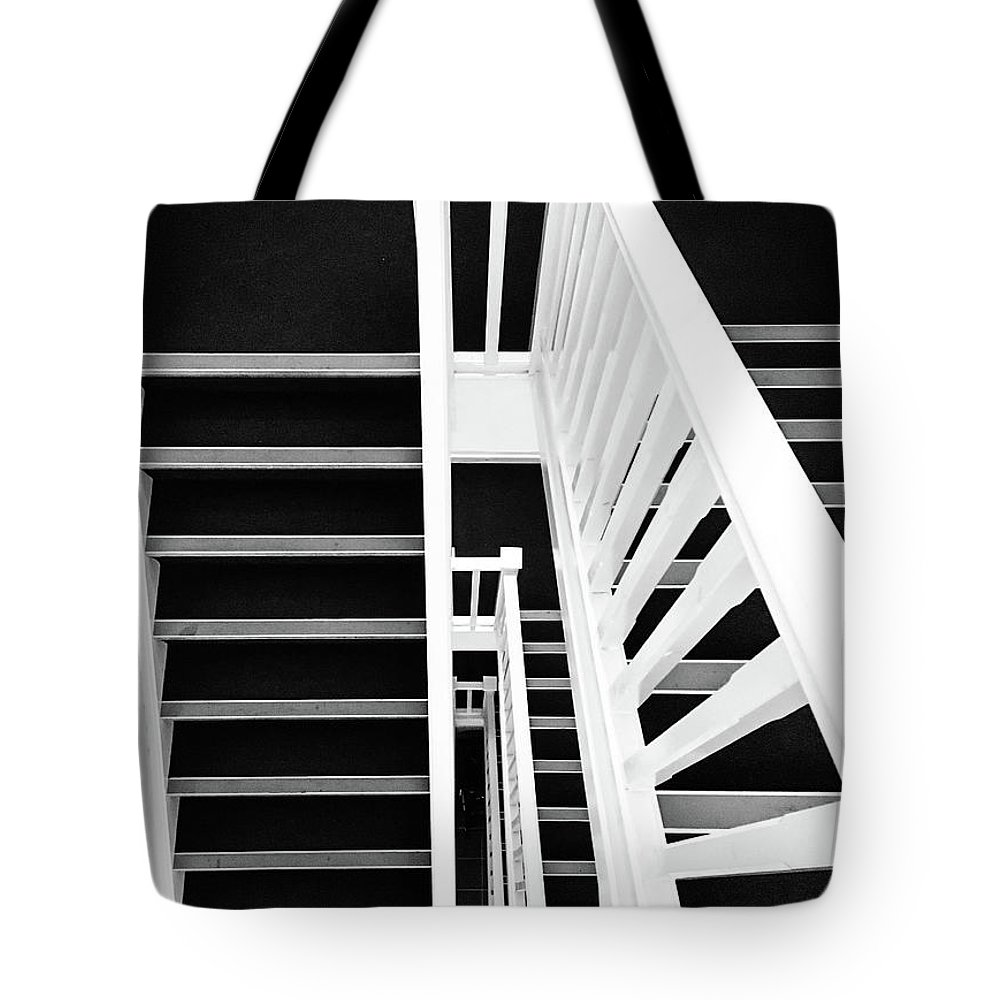 Vertigo Tote Bag featuring the photograph Vertigo by Des Marquardt