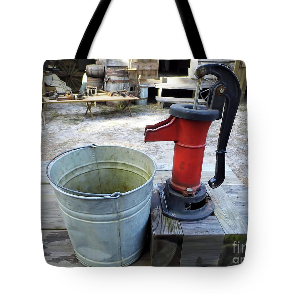 Water Pump Tote Bag featuring the photograph Vintage Hand Pump by D Hackett