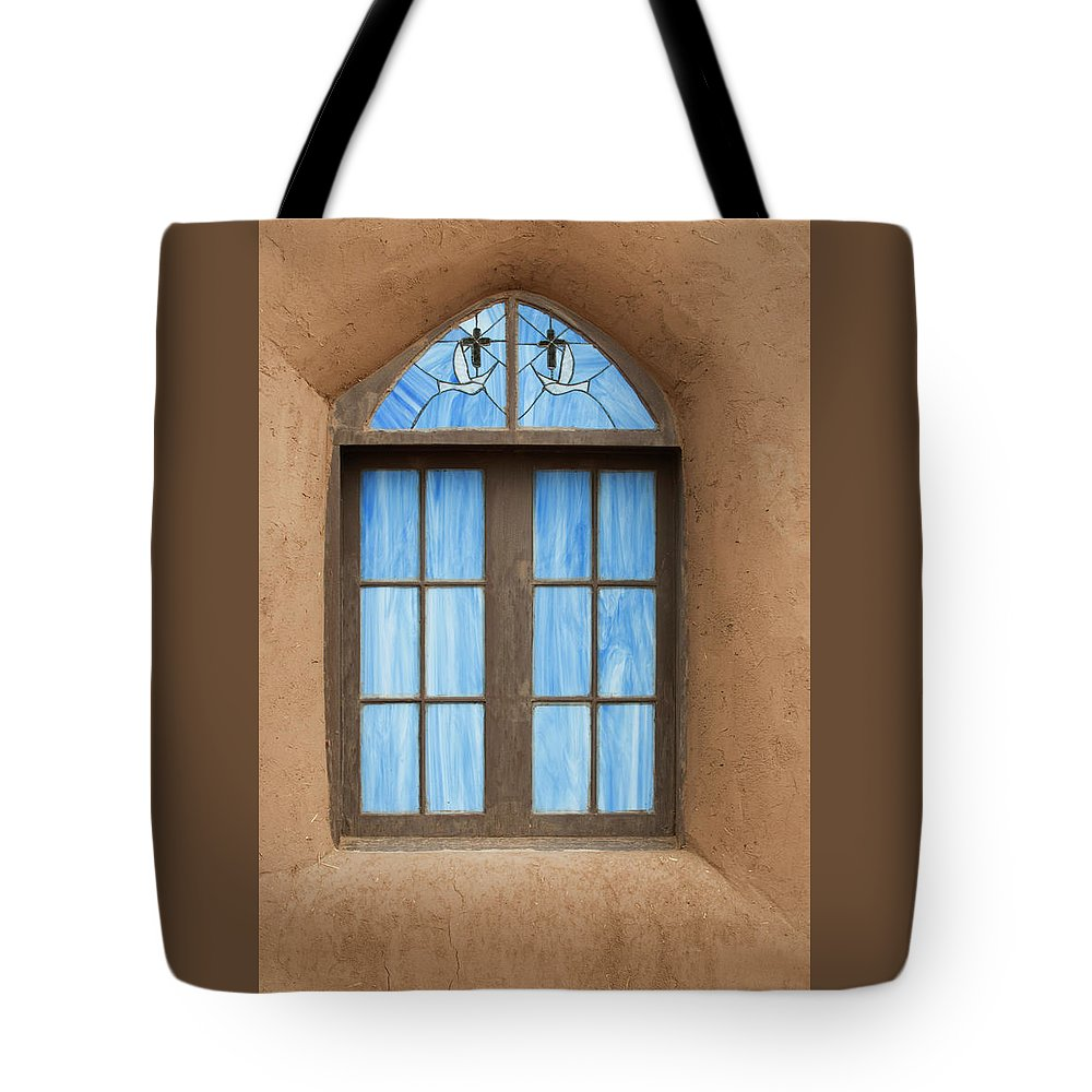 Southwest Tote Bag featuring the photograph Vision by Jim Benest