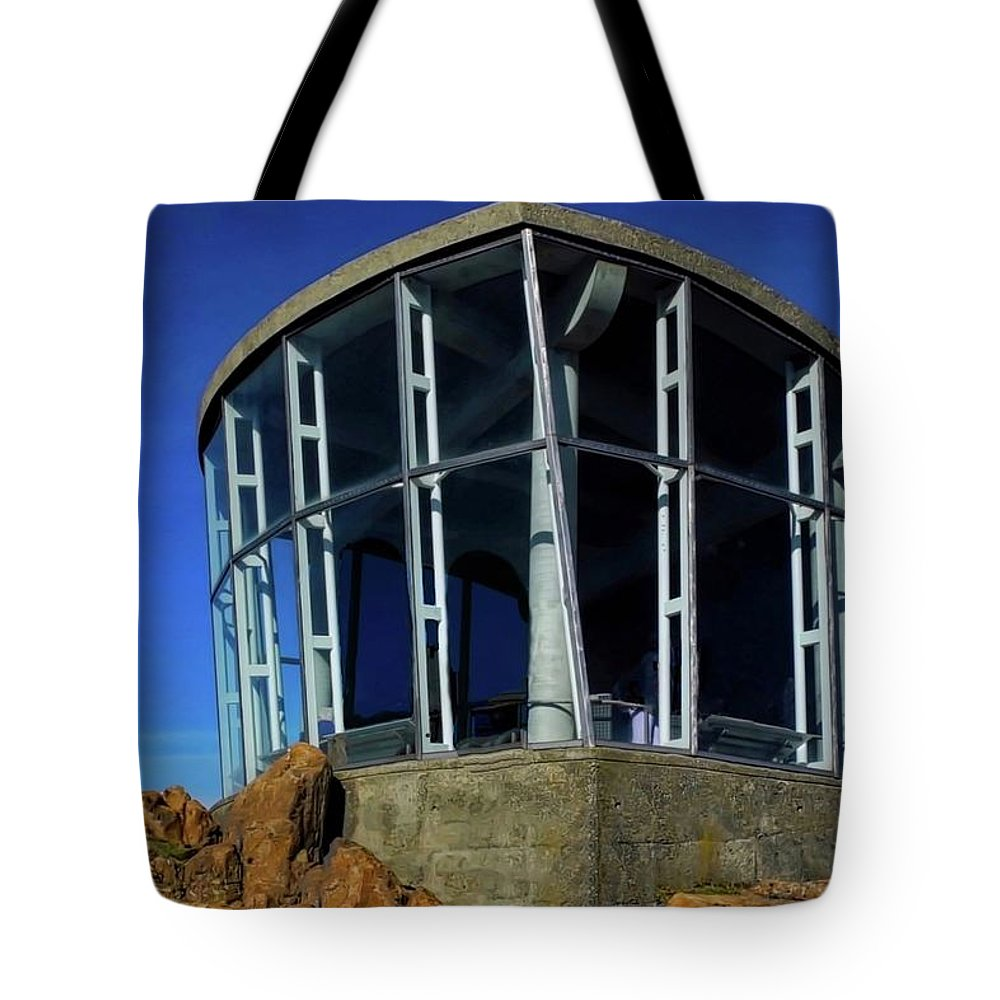 Hobart Tote Bag featuring the photograph Visitor Center Atop Mt. Wellington by Kirsten Giving