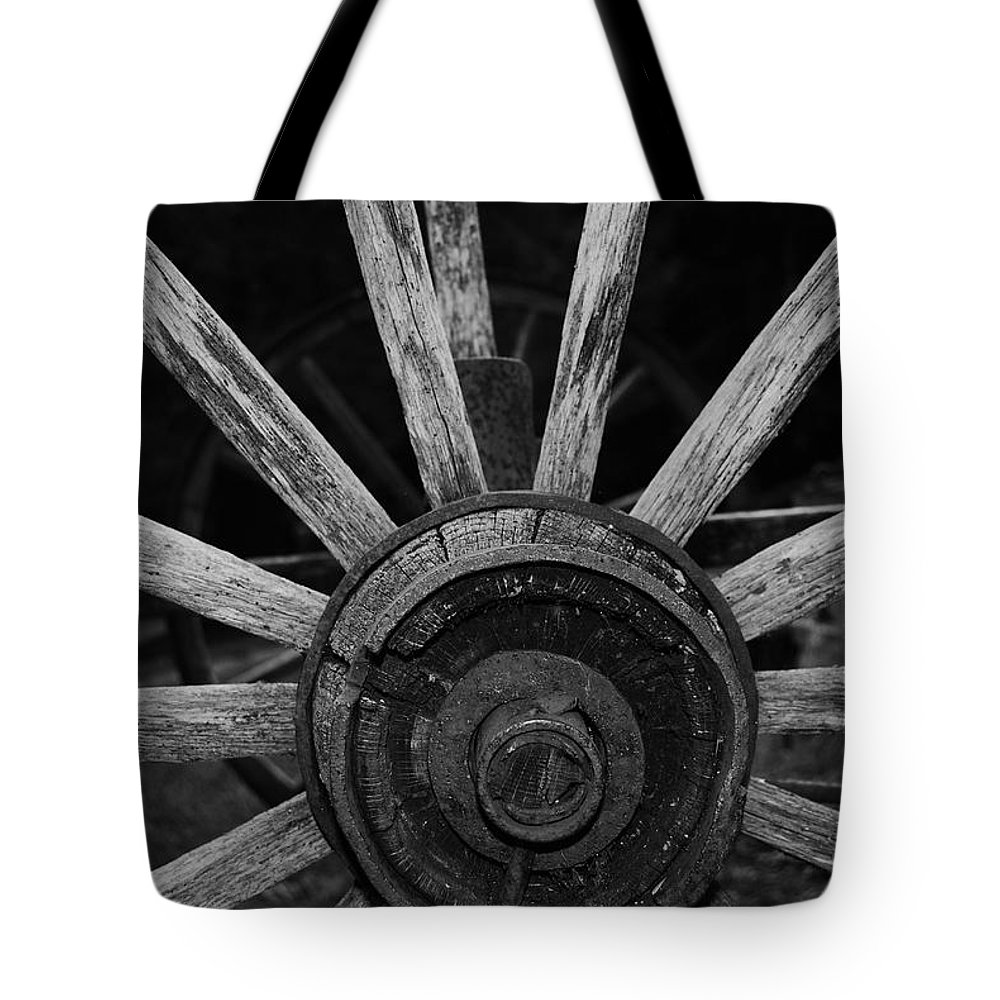 Virginia Tote Bag featuring the photograph Wagon Wheel by Eric Liller