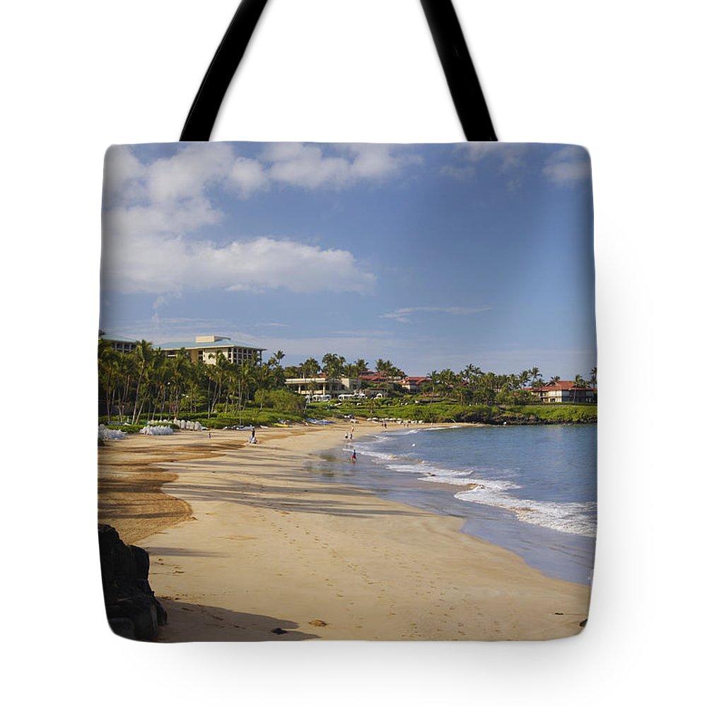 Beach Tote Bag featuring the photograph Wailea Beach by Greg Vaughn - Printscapes
