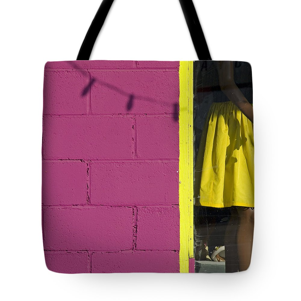 Woman Tote Bag featuring the photograph Waiting by Skip Hunt