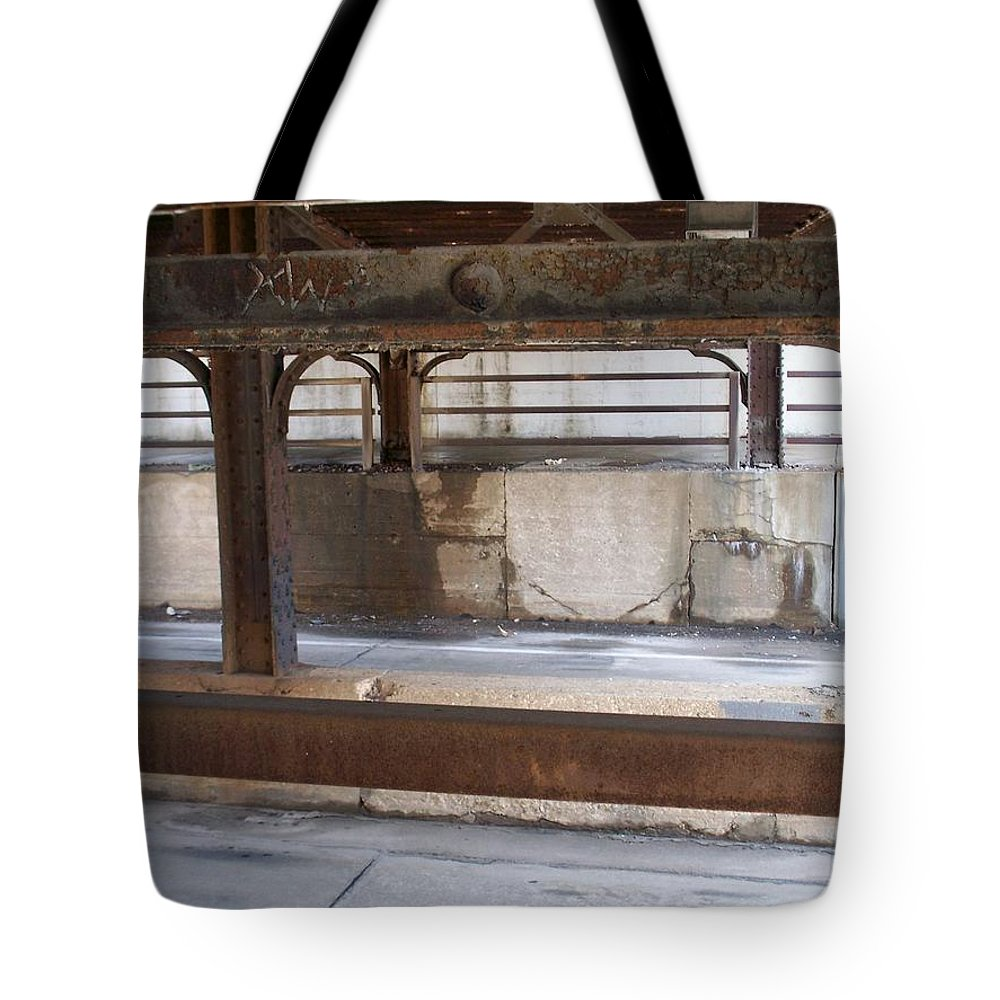 Walker's Point Tote Bag featuring the photograph Walker's Point 7 by Anita Burgermeister