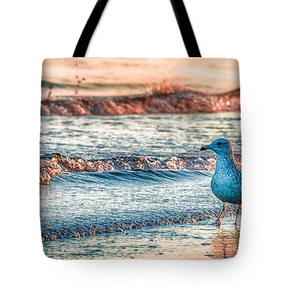 Beach Waves Tote Bags