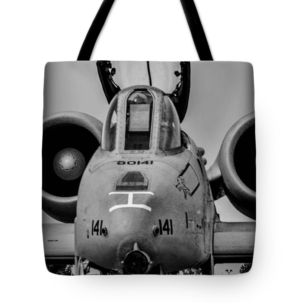 Republic A-10 Thunderbolt Ii Tote Bag featuring the photograph Warthog by Tommy Anderson