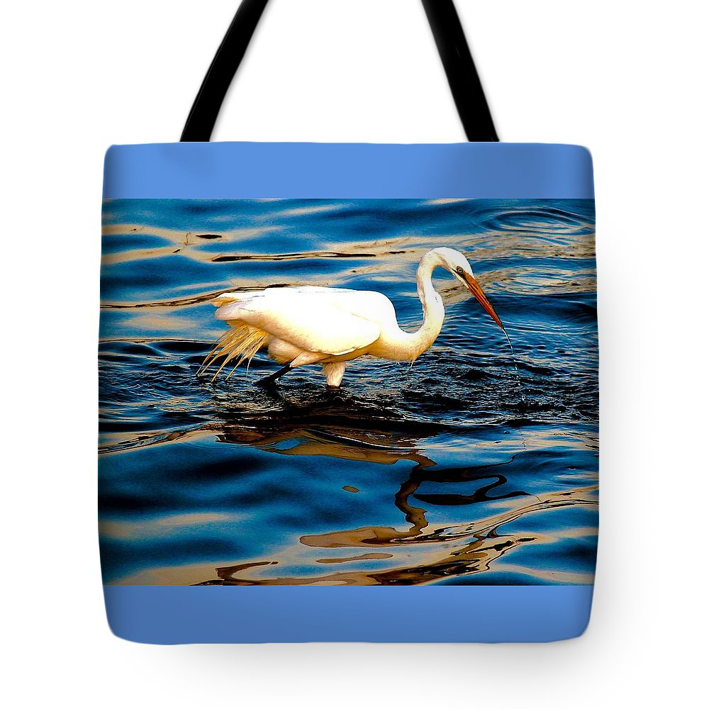 Water Bird Tote Bag featuring the photograph Water Bird Series 34 by Stephen Poffenberger