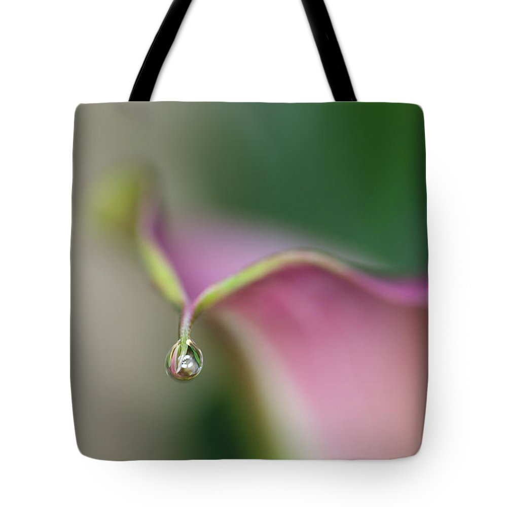 Calla Lily Tote Bag featuring the photograph Water Drop by Tammy Mellert