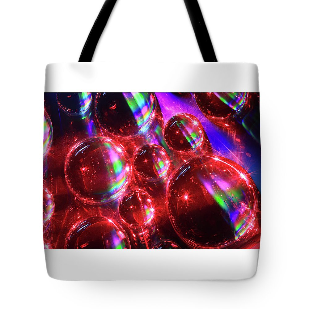 Saskatchewan Tote Bag featuring the photograph Water Droplets 3 by Andrea Lawrence