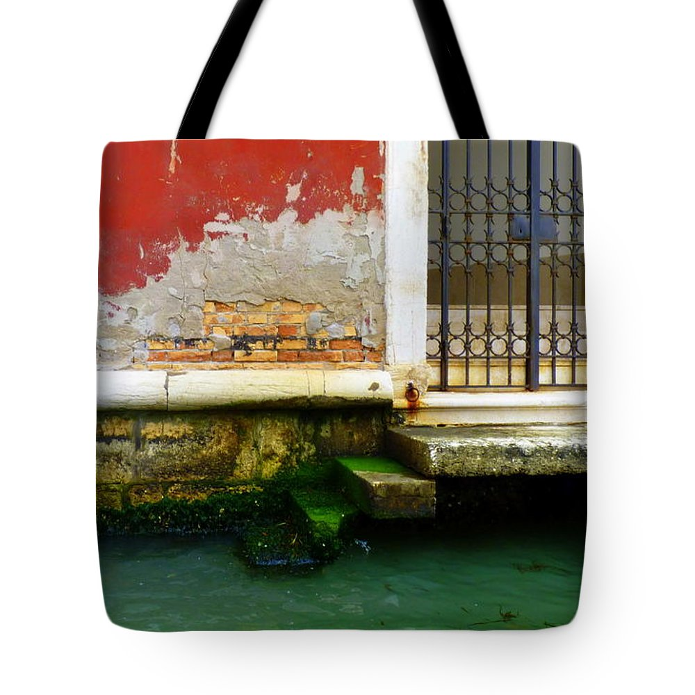 Venice Tote Bag featuring the photograph Water's Edge In Venice by Carla Parris