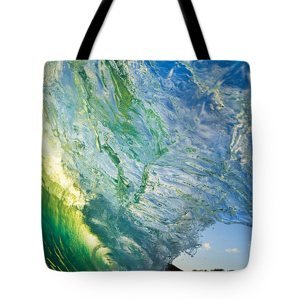 Amazing Tote Bag featuring the photograph Wave Splash by MakenaStockMedia