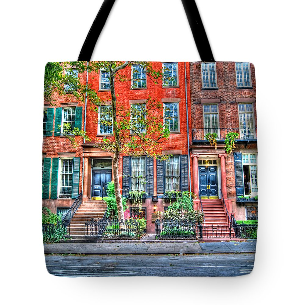 Manhattan Tote Bag featuring the photograph Waverly Place Townhomes by Randy Aveille