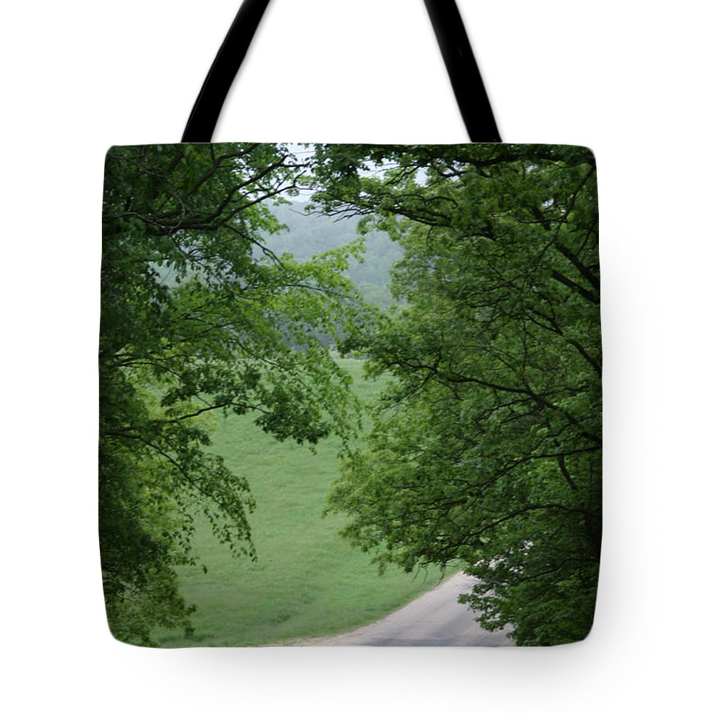 Welcome To Tote Bag featuring the photograph Welcome by Bjorn Sjogren