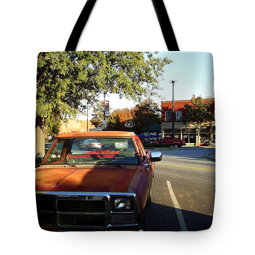 West End Tote Bag featuring the photograph West End by Flavia Westerwelle