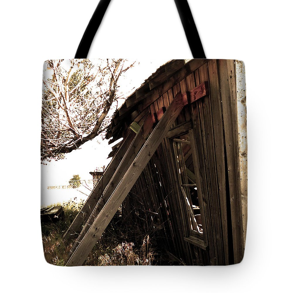 Building Tote Bag featuring the photograph What's Left Of The Diner by Jessica Harrington