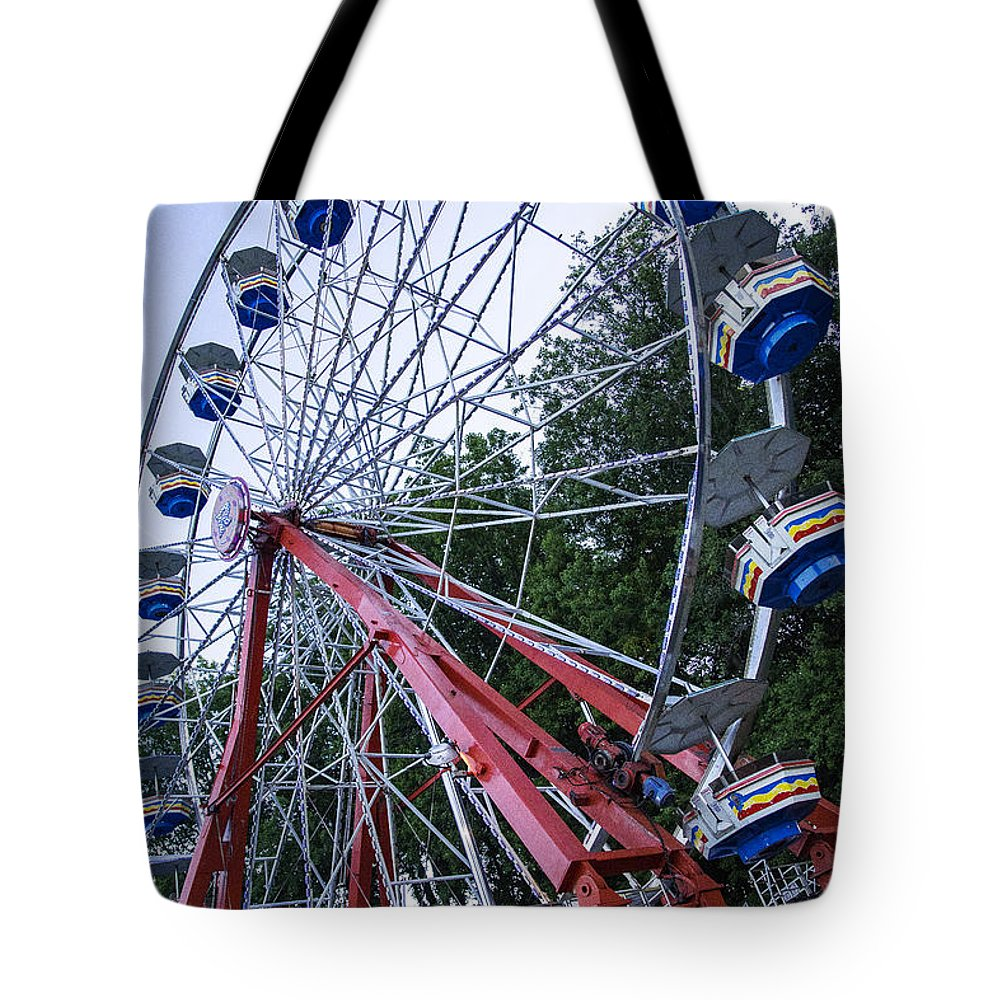 Monmouth Tote Bag featuring the photograph Wheel At The Fair by Pablo Rosales