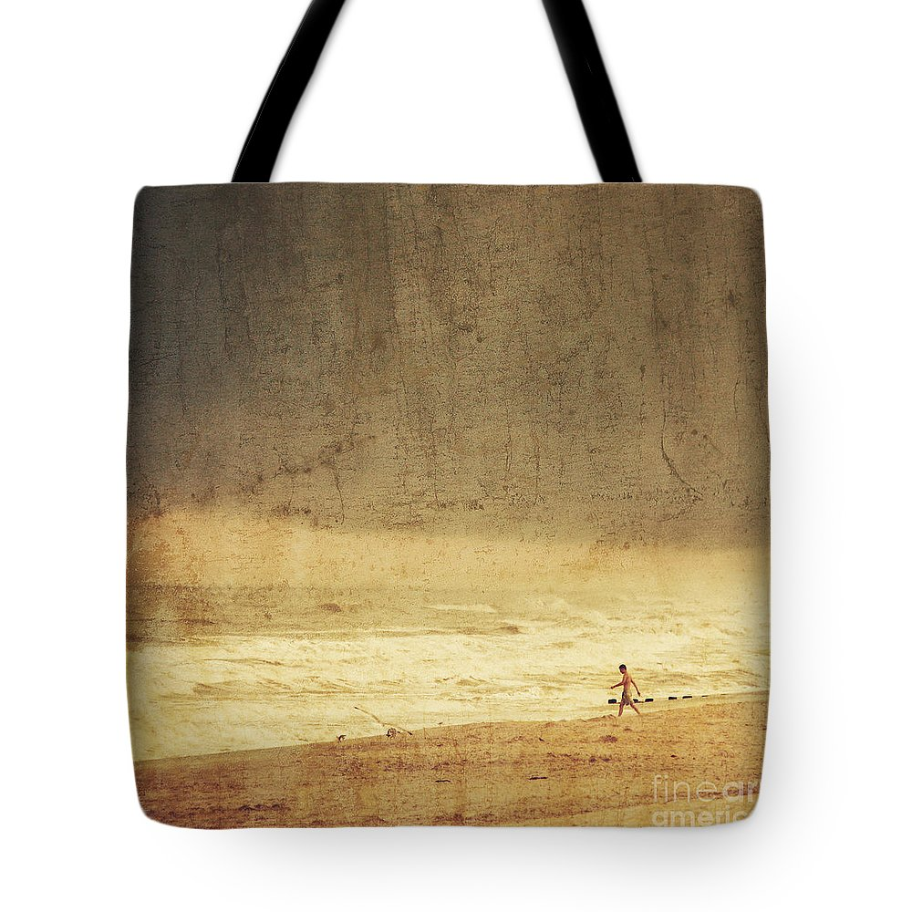 Man Tote Bag featuring the photograph Where The Sky Meets The Sea by Dana DiPasquale