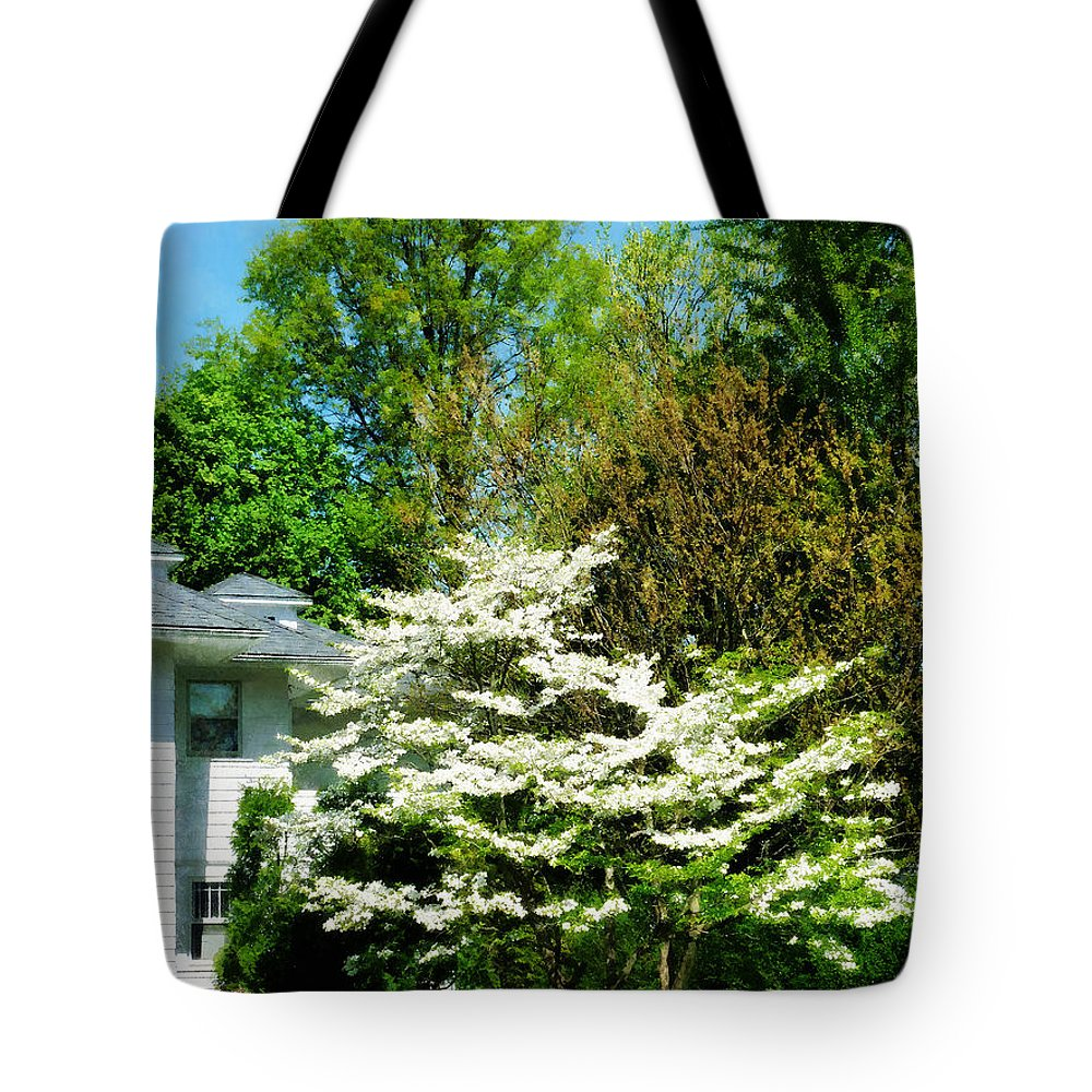 Spring Tote Bag featuring the photograph White Flowering Tree by Susan Savad